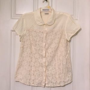 So Cute Van Heusen Lace Blouse Size L